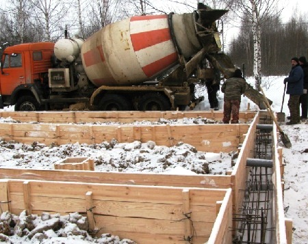 Заливка бетона зимой своими руками 7